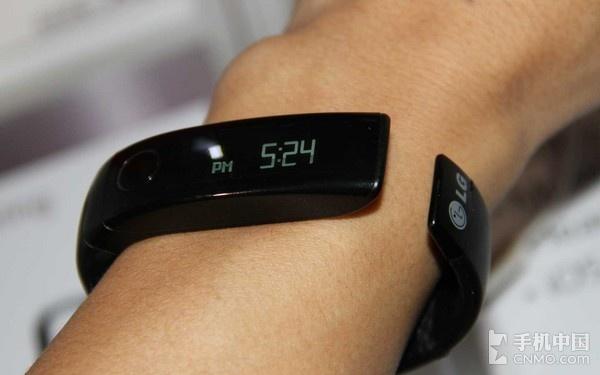 LG Lifeband touch智能手环