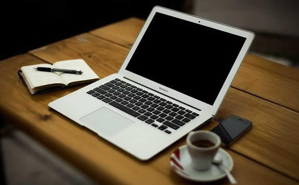 笔记本攻略:教你咖啡厅里扮名流